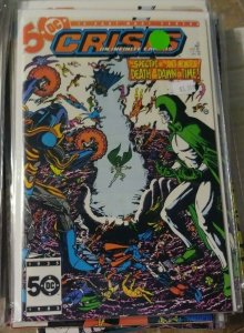 CRISIS ON INFINITE EARTHS # 10 DC COMICS 1985  ANTI MONITOR SPECTRE DEATH