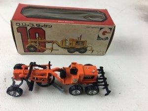 GRIP ZECHIN JAPAN 4 TRUCKS Fire engine motor grader shovel snow plow DIECAST NIB