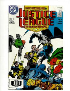 12 Justice League DC Comic Books #13 14 15 16 17 18 19 20 21 23 24 25 JF25