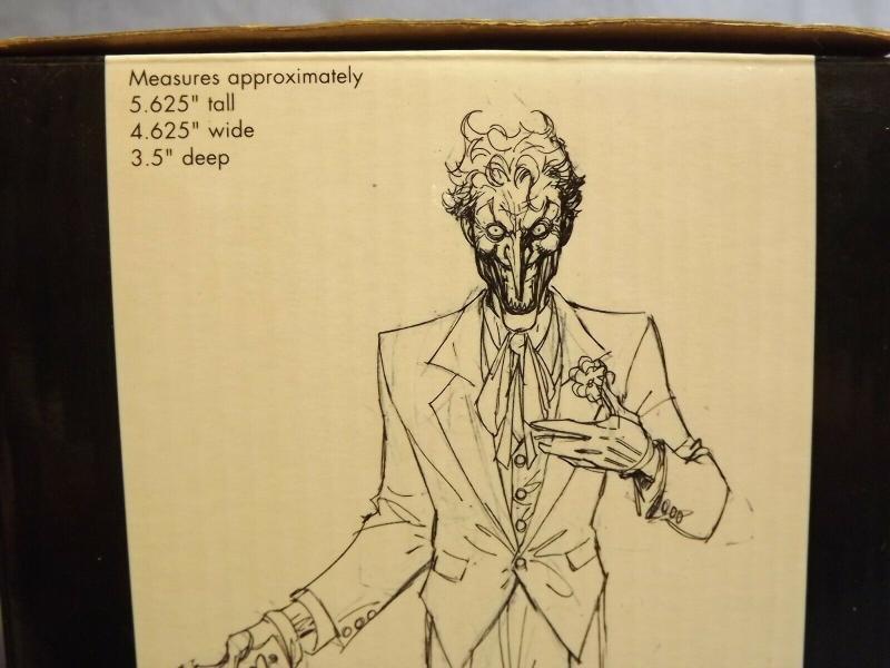 DC DIRECT BATMAN BLACK & WHITE STATUE JIM LEE JOKER COMPLETE WITH BOX /5,500!!