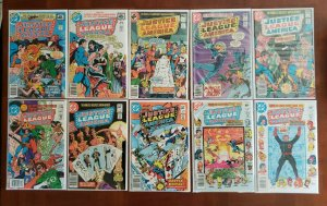 60 ISSUES OF JUSTICE LEAGUE OF AMERICA (Vol 1) SPANNING 163 - 261
