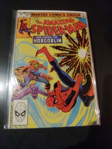 THE AMAZING SPIDER-MAN #239 2ND HOBGOBLIN