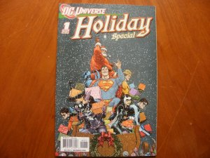 DC Universe HOLIDAY SPECIAL #1 Comic (2008 One-Shot Christmas) The Man in Red