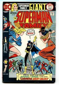 SUPERMAN FAMILY #171 comic book-Supergirl - Batgirl - Cleopatra