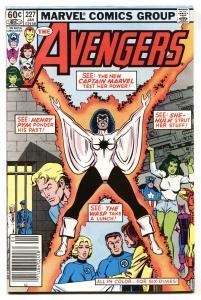 Avengers #227 1982 Captain Marvel-Monica Rambeau joins the Avengers
