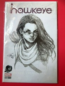 ALL-NEW HAWKEYE V1 001 MARVEL /  B&W PHANTOM VARIANT / HIGH QUALITY