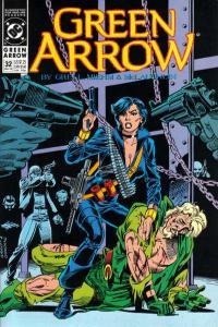 Green Arrow (1988 series) #32, NM- (Stock photo)
