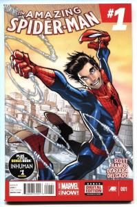 AMAZING SPIDER-MAN v.3 #1  First issue COMIC BOOK