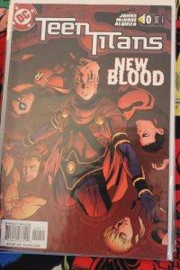 Teen Titans 10 NM
