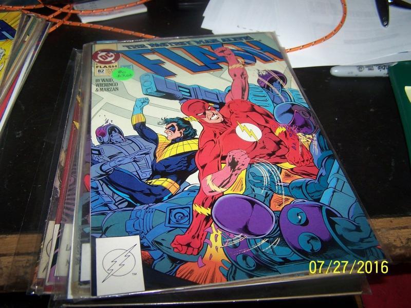 FLASH # 82 (Oct 1993, DC) wally west pre new 52 rebirth nightwing TITANS