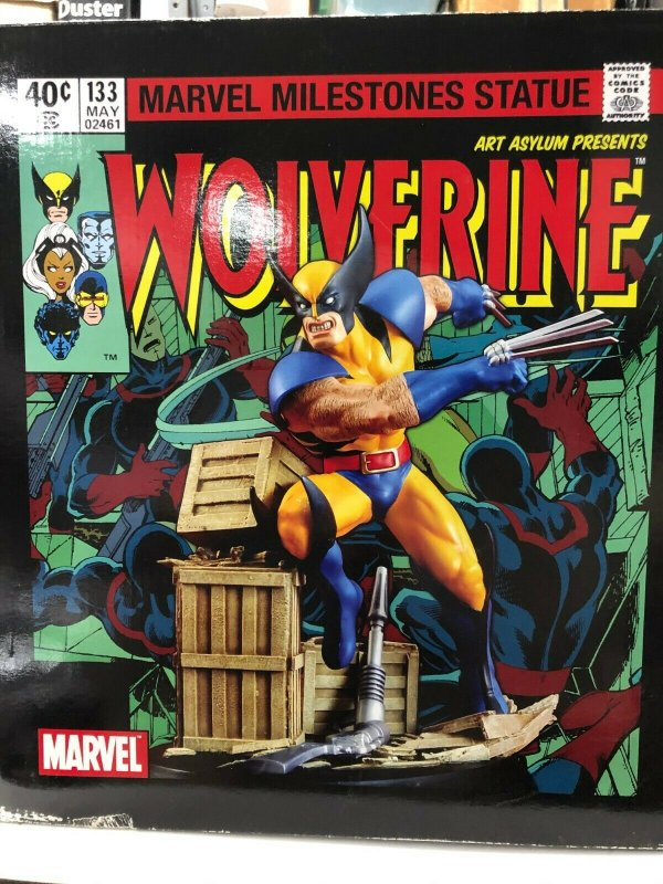 WOLVERINE UNLEASHED Art Asylum by  190/2500 in BOX Low number