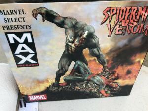 Spider-Man vs Venom Statue #630/2500 DIAMOND SELCECT TOYS Marvel Zombies Max