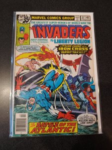THE INVADERS #37 BRONZE AGE HIGH GRADE VF/NM