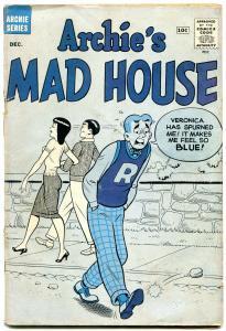 Archie's Madhouse #9 1960--BLUE COVER-BETTY-VERONICA-UNIQUE-reading copy