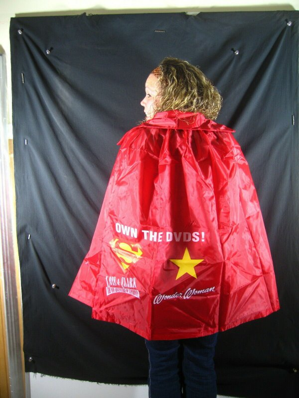 SUPERMAN/WONDER WOMAN CAPE-RARE DC PROMO- Lois and Clark/Wonder Woman