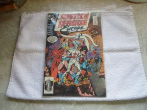 1989 DC COMICS JUSTICE LEAGUE EUROPE # 3