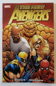 THE NEW AVENGERS VOL.1 TPB SOFT COVER FIRST PRINT MARVEL VF/NM