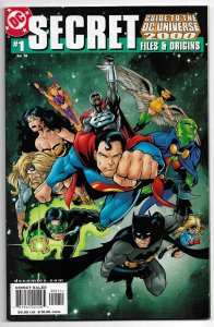 SECRET FILES & ORIGINS GUIDE TO THE DC UNIVERSE 2000  #1  9.4 NM   100 pages!