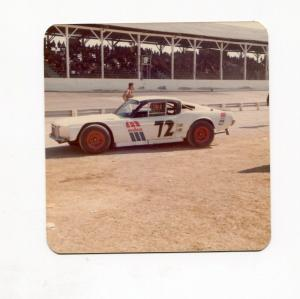 Dick Dunlevey-Photo-#72-Mustang Stock Car-Ohio-1975-VG