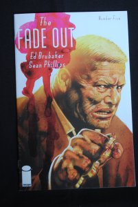 The Fade Out #5, NM, Ed Brubaker, Sean Phillips