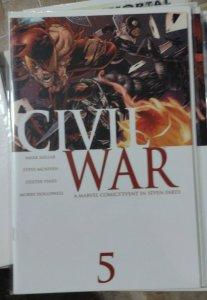 CIVIL WAR # 5 McNiven VARIANT 2006  MARVEL YOUNG AVENGERS FANTASTIC FOUR CAP