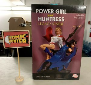 Power Girl and Huntress Legacy Statue Limited Edition See Description