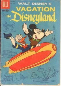 VACATION IN DISNEYLAND (1959 DELL) F.C.1025 GOOD BARKS COMICS BOOK