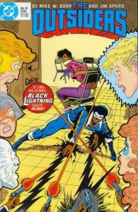 Outsiders (1985 series) #9, NM- (Stock photo)