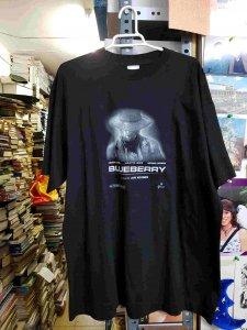 Camiseta negra de Blueberry, film de Jan Kounen. Talla XL
