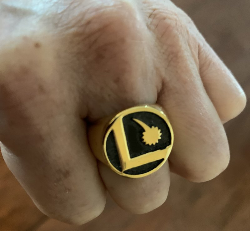 DC Warner Brothers Legionaires Ring