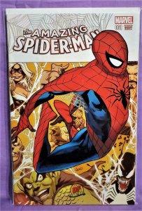Dan Slott AMAZING SPIDER-MAN #1 Greg Land Dynamic Forces Variant (Marvel, 2015)!