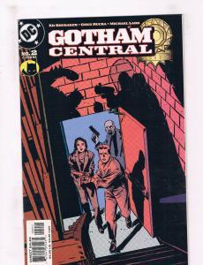 Gotham Central #2 NM DC Comics Comic Book Brubaker Batman Feb 2003 DE33 CH19