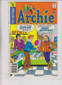 Archie #271 VF- june 1978 - infamous pearl necklace cover - high grade comic