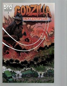 11 Comics Godzilla #2 4 5 Trio 1 Judge Dredd 1 The Massive 1 Alien 1 + more J438