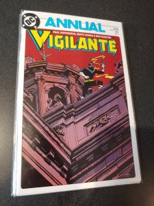 ​VIGILANTE ANNUAL #1 NM