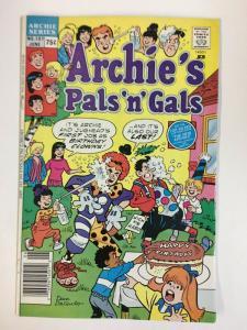 ARCHIES PALS & GALS (1952-    )197 VF-NM  Jun 1988 COMICS BOOK