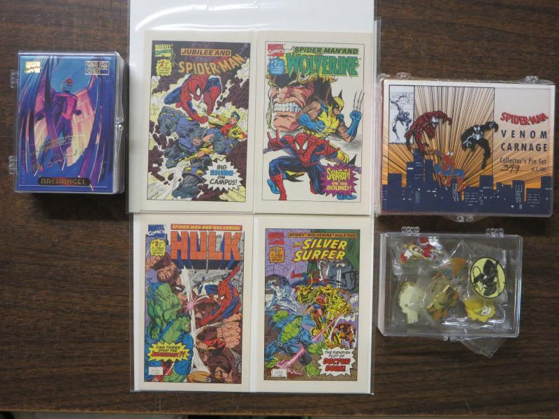Marvel Collector's Gift Lot with Spider-Man Venom Pins Gold Cards + Mini-Comics