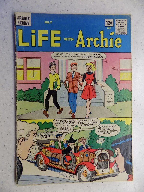 LIFE WITH ARCHIE # 28 ARCHIE JUGHEAD VERONICA BETTY RIVERDALE