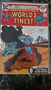 World's Finest Comics #219 (DC, 1973) Condition: NM