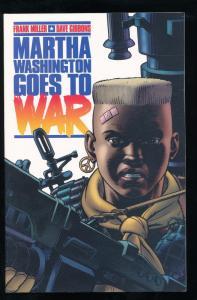 Dark Horse, Martha Washington Goes to War TPB 1st Edition VF/NM (SIC406)