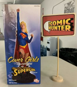 Cover Girls of the DC Universe Supergirl Statue