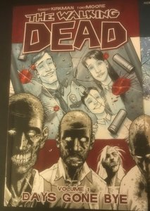 The Walking Dead Vol. 1 Days Gone Bye (9.4 NM)