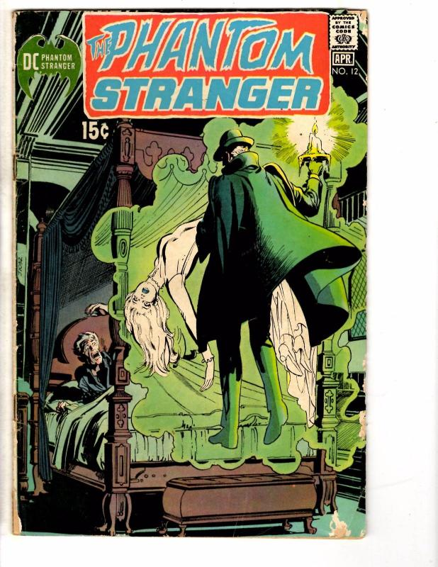 2 DC Comic Books Phantom Stranger # 12 & Teen Titans # 29 Robin Flash Arrow YY2