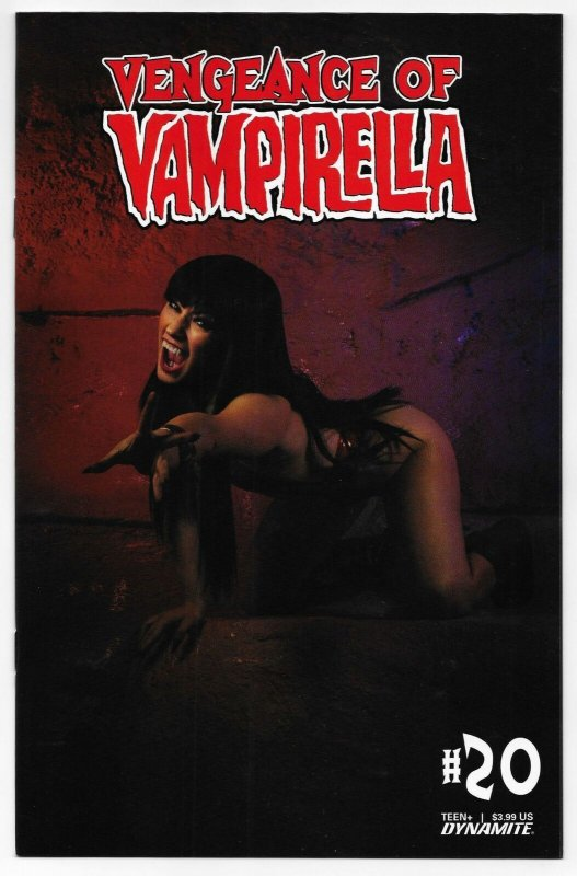 Vengeance Of Vampirella #20 Cvr D Cosplay Variant (Dynamite, 2021) NM