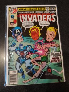 THE INVADERS #36 BRONZE AGE HIGH GRADE VF/NM