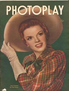 Photoplay-Judy Garland-June Allyson-Dick Powell-Gene Kelly-Nov-1945