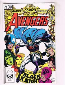 3 Avengers Marvel Comic Books # 225 + Avengers Log & Annual # 23 Hulk Thor J95