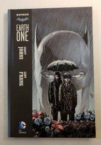 BATMAN EARTH ONE HARD COVER GRAPHIC NOVEL GEOFF JOHNS GARY FRANK NM