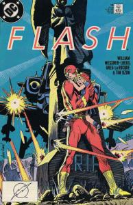 Flash (2nd Series) #18 VF/NM; DC | save on shipping - details inside