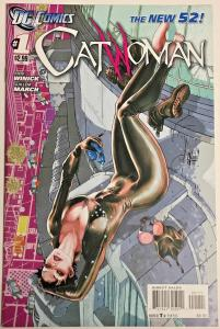 CATWOMAN#1 NM 2011 FIRST PRINT DC COMICS THE NEW 52!